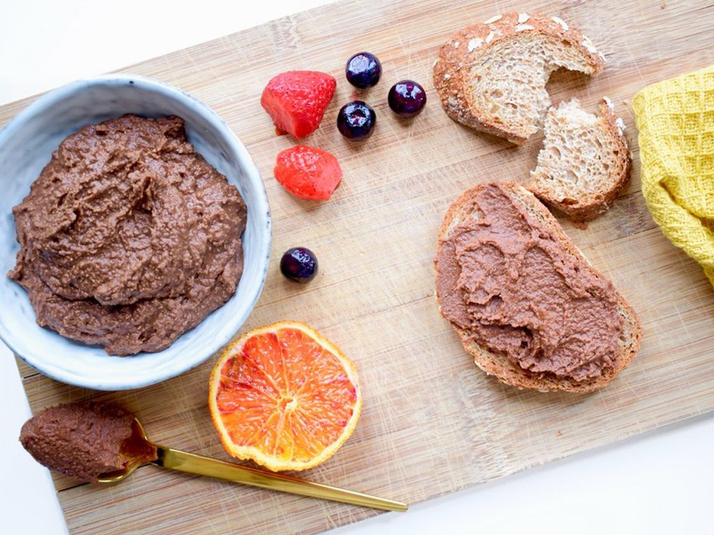 Chocolade hummus   Gezonde chocolade pasta   Recept voor kinderen