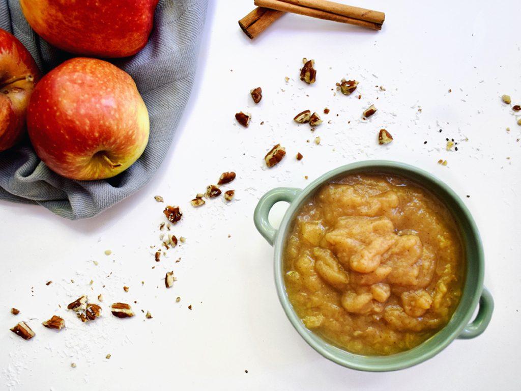 Zelfgemaakte appelmoes (zonder toegevoegde suikers)