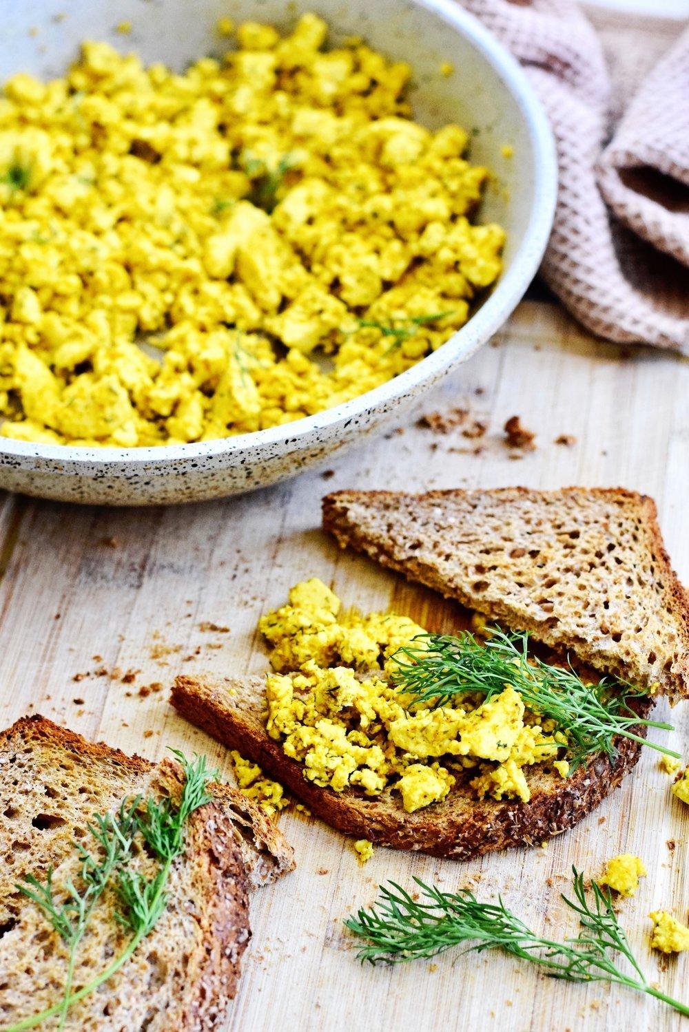 Vegan scrambled eggs | Vegan recept | Healthy Wanderlust